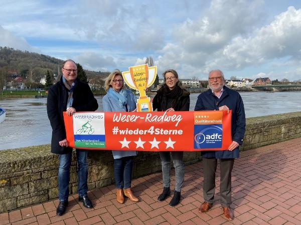 Große Freude am Weser-Radweg