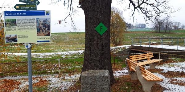 Tafel historischer Weg in Putzkau mit Sitzbänken