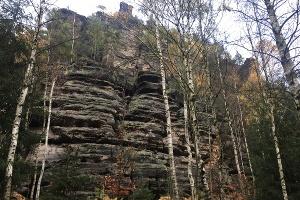 Foto Felsenwand im Tal der dürren Biela