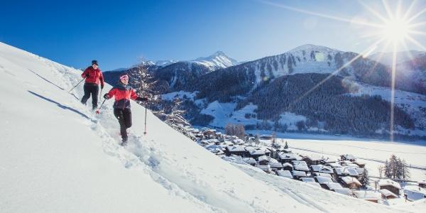 Schneeschuhwandern mit Aussicht