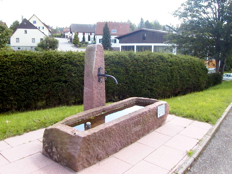 Brunnenspaziergang in Besenfeld