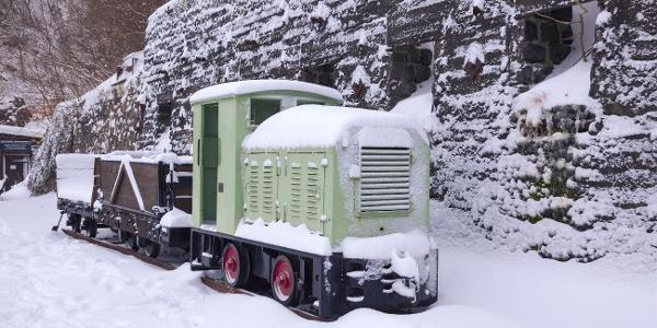 Basaltpark Lok im Winter