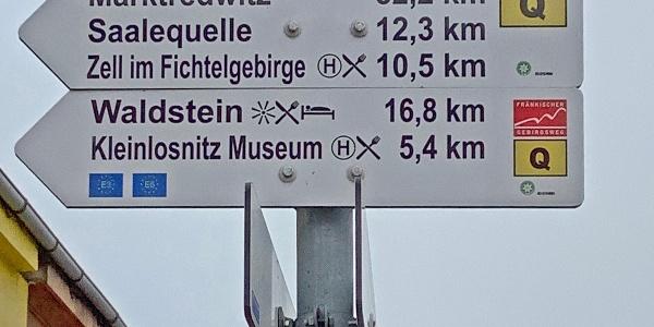 Beginn am Bahnhof Münchberg