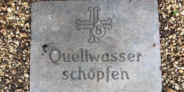 """Besinnungspunkt """"Quellwasser schöpfen"""""""