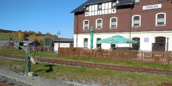 Bahnhof Cranzahl von den Gleisen aus gesehen