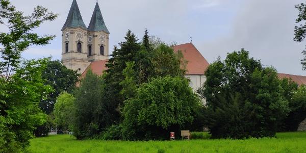 Benediktinerabtei und Basilika Niederalteich