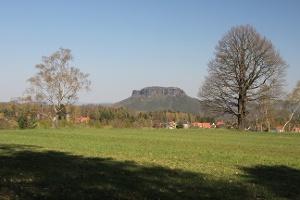 Foto Aussicht zum Lilienstein von Onkel Pauls Ruhe