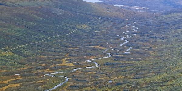 Smådalen med meandrerende Smådøla (fra Rankonøse)