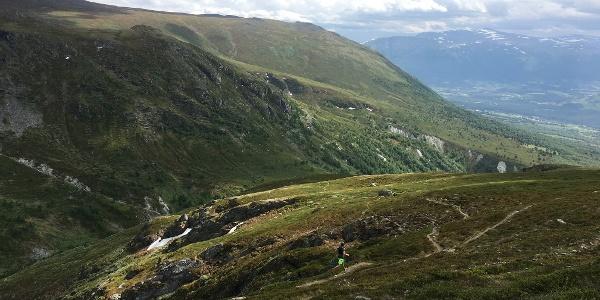 Herlige flytstier ned fra Stensesbruna.