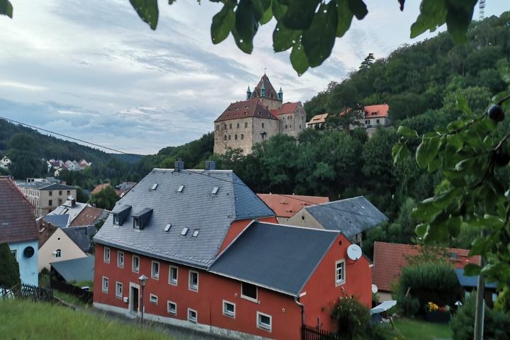 Foto Liebstadt mit Schloss Kuckuckstein im Hintergrund