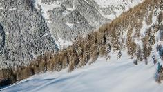 Snowshoe Tour: Kalksteinjöch in S. Maddalean/Gsieser Tal Valley