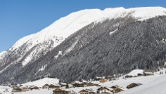 Snowshoe tour: Along the Besinnungsweg (path of reflexion) in S. Maddalena/Gsieser Tal Valley