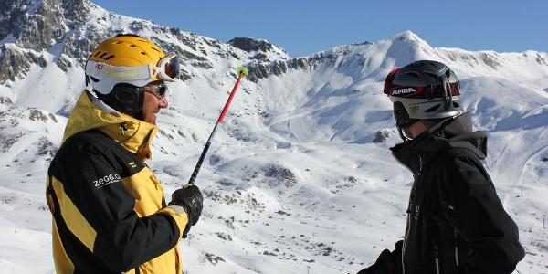 Skilehrer der Schweizer Schneesportschule Samnaun