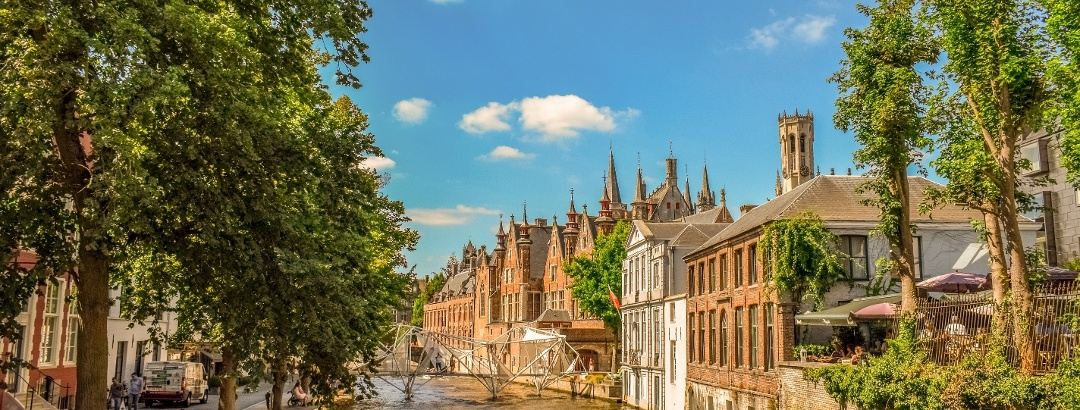 Canal in the city of Bruges
