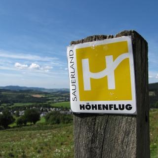 Panoramaweg oberhalb von Holthausen