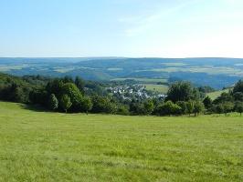Ausblick in Richtung des Moseltales(Foto: Urlaubsregion Thalfang am Erbeskopf, Quelle: Urlaubsregion Thalfang am Erbeskopf)