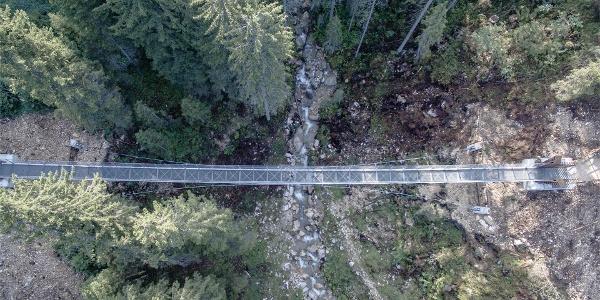Ponte sospeso Lago di Carezza