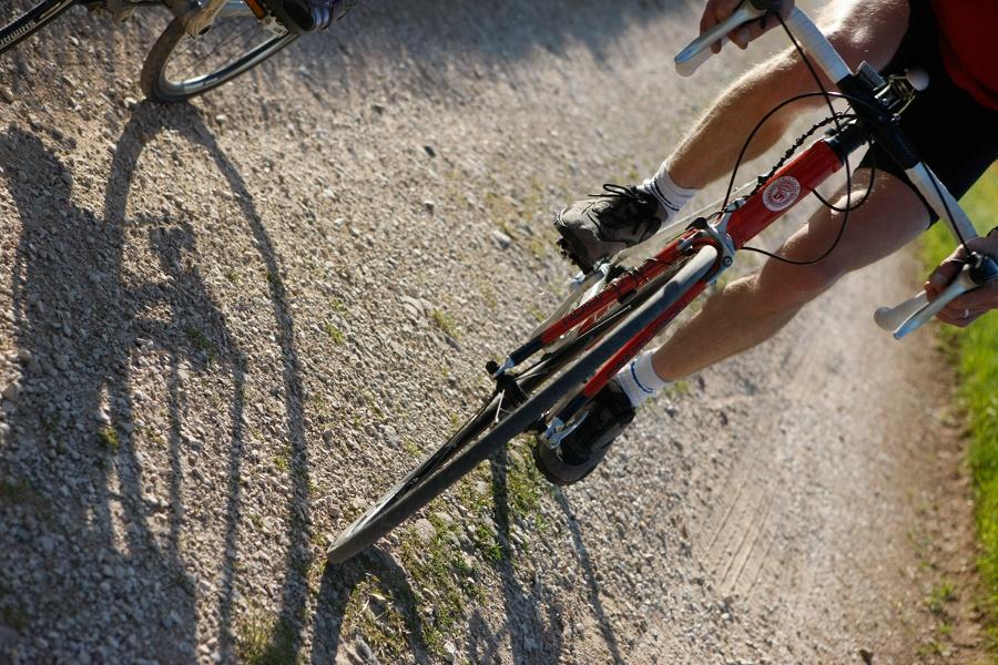 Rennradler im Sommer im Schwarzwald