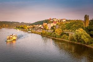 Foto Pirna - Blick von der Elbbrücke Richtung Altstadt und Sonnenstein