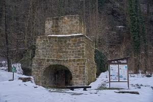 Foto Historischer Hochofen Brausenstein