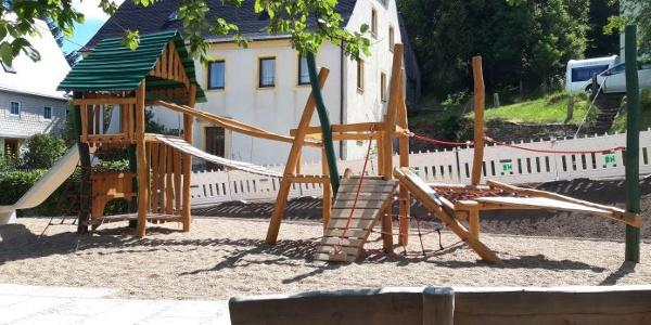 Ehrenfriedersdorf - Spielplatz Lange Gasse - Klettergerüst