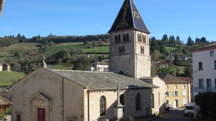 Kirche von Ouroux (Okt. 2012)