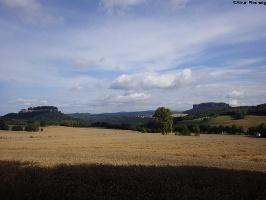 Foto Blick zur Festung Königstein und Lilienstein