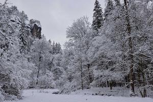 Foto winterliches Polenztal