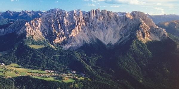 Mit dem Mountainbike vom Val di Fiemme rund um das Latemarmassiv.