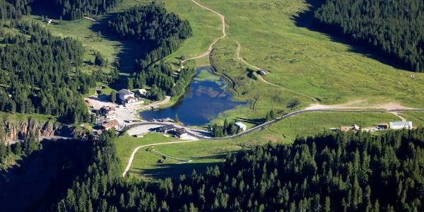 Von Cavalese mit dem Mountainbike zu Almen und Pässen - im Bild das Lavazèjoch.