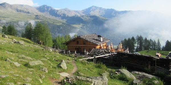 Die idyllische Fiechtalm liegt auf über 2000 m.