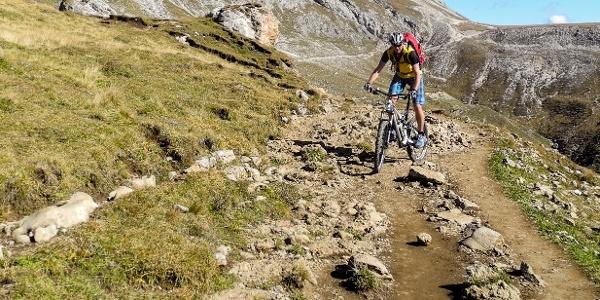 Das Madritschjoch gehört wohl zu den höchsten Übergängen für Alpen-Crosser auf dem Weg zum Gardasee.