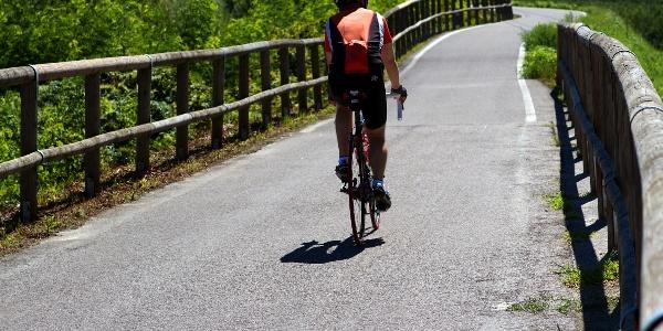 Gemütliche Rennradtour von Tramin durch das Etschtal nach Lana.