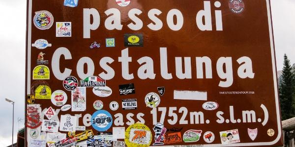 Große Rennradtour von Tramin durch das Fleimstal und Fassatal hinauf zum Karerpass.
