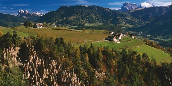 Die Erdpyramiden in Mittelberg am Ritten werden bei der Biketour umfahren.