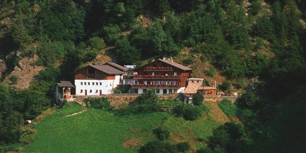 Der Talbauer bei den Muthöfen ober Dorf Tirol.