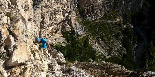 Nicht allzu schwieriger, aber gut abgesichert Klettersteig auf den Roen.