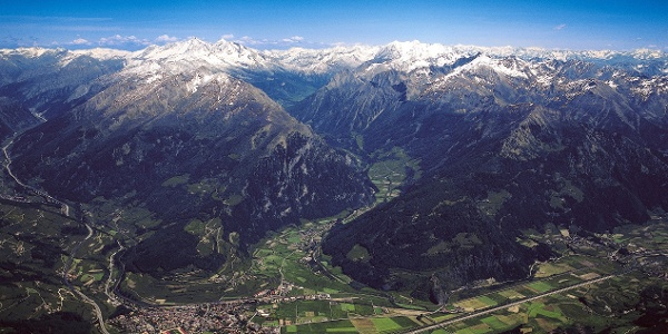 Panoramic view on Vipiteno and the Val di Vizze valley.