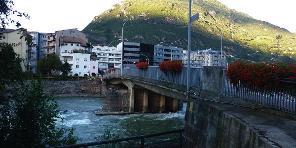 Die Loretobrücke in Bozen, Startpunkt