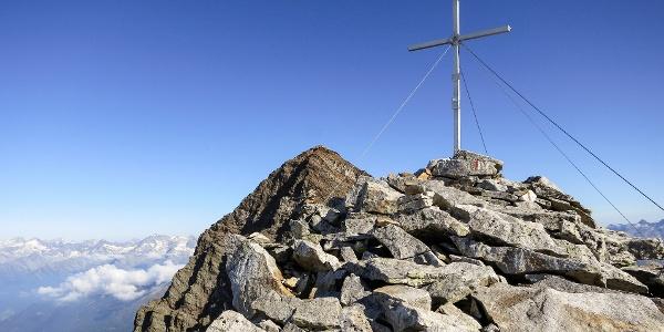 Auf dem Fernerköpfl oberhalb von Rein - im Hintergrund der Schneebiger Nock.