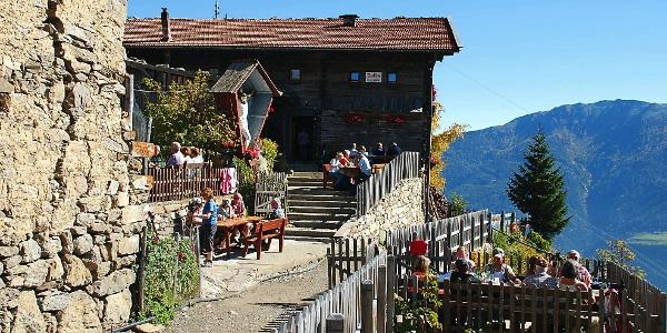 The Dickkhof mountain inn above Naturno