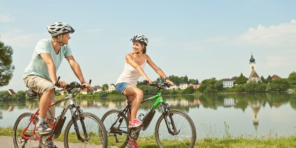 Radfahren entlang der Donau