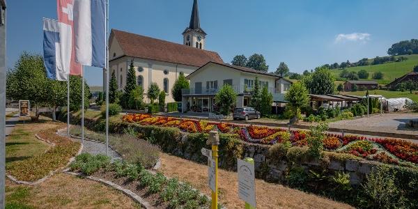Dorfkern mit Pfarrkirche