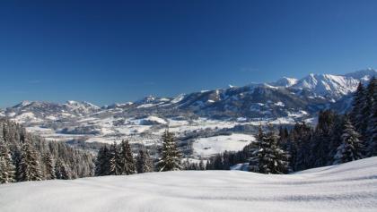 Winterpanorama im Allgäu.