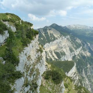 Im Vordergrund der Monte Testo