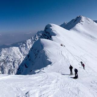 Panoramablick vom Pfuitjöchle über das Pfuitjoch zum Ups