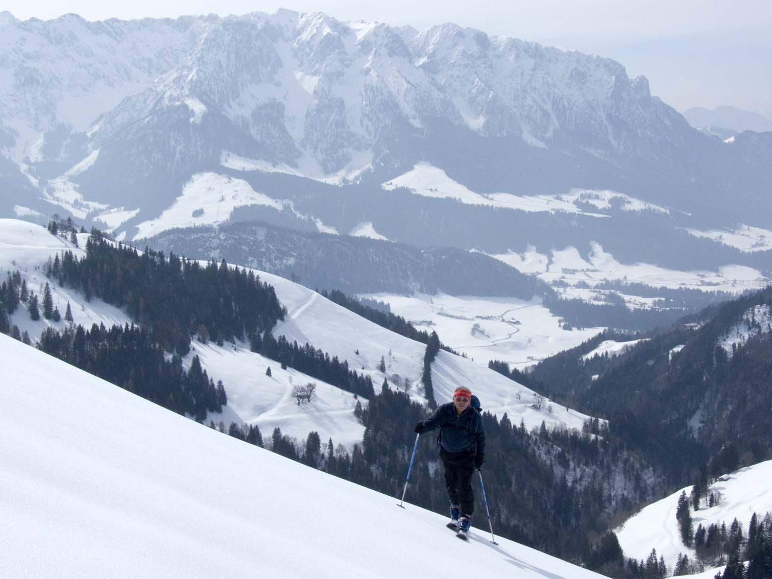 Die Aussichten sind nicht schlecht; hier auf das Kaisergebirge.