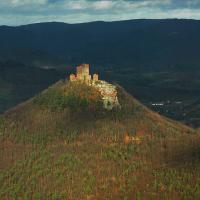 Burg Trifels in stimmungsvollem Licht
