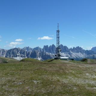 Gipfel mit Blick in die Dolomiten