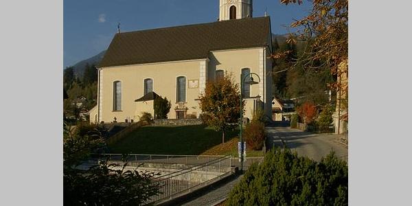 Thüringen, Katholische Pfarrkirche Heiliger Stephan mit Friedhof